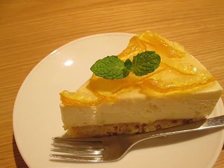 柚子のレアチーズケーキ 写真