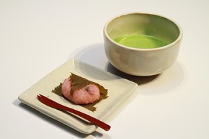 カフェ 桜餅横